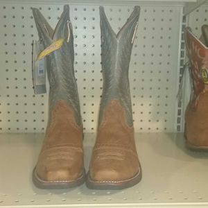 Womens Ariat CowGirl Boots, Size 7